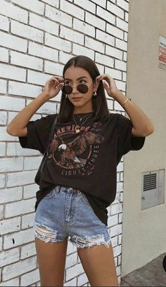 Sporty Summer Outfits, Summer Outfits Women Over 40, Summer Outfit For Teen Girls, Simple Summer Outfits, Hipster Outfits, Curvy Outfits, Edgy Outfits, Cute Casual Outfits, Fashion Outfits