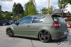 vw-golf-mk5-matte-green-black - Rides & Styling