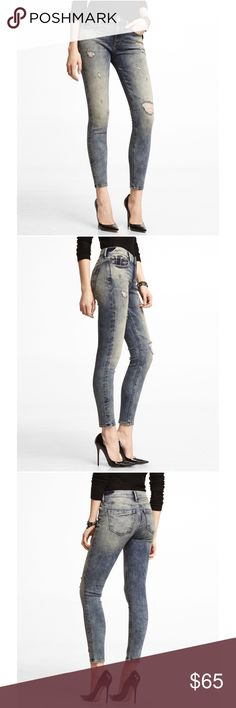 "Express mid rise destroyed ankle jean legging‼️ NWT‼️Express mid rise jean legging! Features an unique destroyed wash and Express tech fabric for a stretchy figure flattering fit. Inseam 29"". Fits waist 29-30"" and up to 41"" hip. True to size. Express Jeans"
