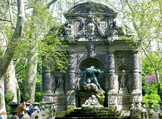 The Medici Fountain in the Luxembourg Gardens; from 5 of the Most Romantic Places to Kiss in Paris : The Good Life France
