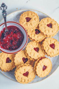 Homemade Jammie Dodgers (Vegan & Gluten-free) - UK Health Blog - Nadia's Healthy Kitchen