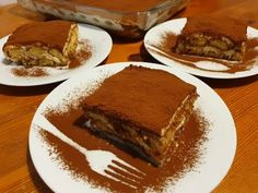 Tiramisu reteta Super fara ou crud - How to make Tiramisu Recipe Homemade Chicken Dumpling Casserole, Mashed Potato Casserole, Chicken And Dumplings, Italian Desserts, Italian Recipes, New Recipes, Tiramisu Recipe, Tiramisu Cake, How To Make Tiramisu