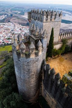 Castillo de Almodovar, Andalusia / Spain (by Juanjo Ferres).