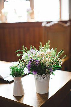 spring florals church decor | onefabday.com