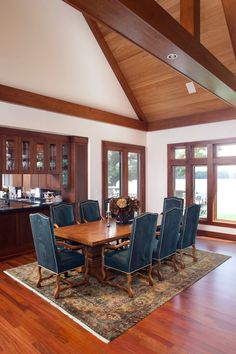 Dining room with a spectacular view of Bryant Lake #6941BeachRoad #EdenPrairie #LodgeFeel #4bedrooms #custombuilthome #CBB #ColdwellBankerBurnet #EllenDeHaven #EllenDeHavenGroup #EllenDeHavenRealEstateGroup #DeHavenTeam #Realtor #realestate #Mnrealestate #Minnesota #MN #agent #listing #homeforsale #lake #lakeview #lakefront #lakeshore #lakeliving #Mnlakeshore #BryantLake