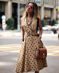 Casual Street Style, Street Style Chic, Style Casual, Dress Outfits, Casual Dresses, Fashion Dresses, Summer Dresses, Fashion Blouses, Long Dresses