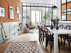 The owner of this Madrid apartment is fond of jazz and Scandinavian design, which is easily recognizable in interior design. Glass partitions, velvet ✌Pufikhomes - source of home inspiration Boho Living Room, Living Room Decor, Living Spaces, Lofts, Madrid Apartment, Velvet Furniture, Gravity Home, Studio Interior, Interior Decorating