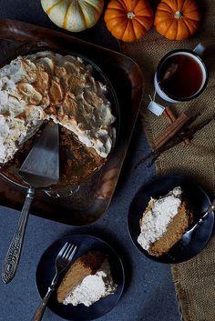 Grain-free Pumpkin Pie with Gingersnap Macaroon Crust and Cinnamon Vanilla Meringue a perfect holiday dessert option that is gluten-free, paleo, nut-free and dairy-free Gluten Free Thanksgiving, Thanksgiving Recipes, Paleo Dessert, Dessert Recipes, Pie Recipes, Dessert Ideas, Yummy Recipes, Healthy Recipes, Vegan
