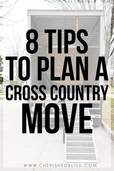 8 Tips to Plan a Cross Country Move Are you planning a cross country move? With these 8 tips you can get organized and prepared for your journey across the USA! Tips to Plan a Cross Country Move Are you planning a cross country move? With these 8 tips you Moving To Colorado, Moving To Florida, Moving To California, Moving To Georgia, Moving Day, Moving Tips, Moving House, Moving Hacks, Moving Across Country Tips