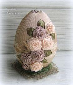diy zrob to sam Easter Egg Crafts, Easter Projects, Easter Eggs, Coconut Decoration, Easter Egg Designs, Diy Ostern, Easter Crochet, Egg Art, Arte Floral