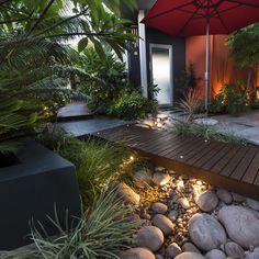 Modern Landscape Design, Landscape Plans, Garden Landscape Design, Contemporary Landscape, Modern Design, Courtyard Landscaping, Modern Landscaping, Front Yard Landscaping, Landscaping Ideas