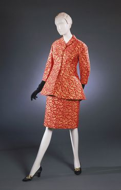 Suit Charles James, 1955 The Philadelphia Museum of Art