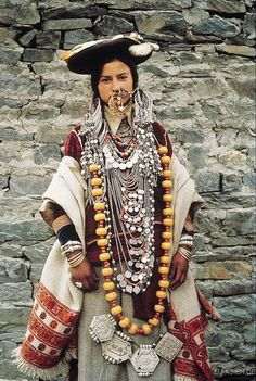 cultural portraits Inde du N Estilo Hippie, Hippie Chic, Folk Costume, Costumes, Costume Ethnique, Ethno Style, Tribal Style, Tribal People, Cultural Diversity