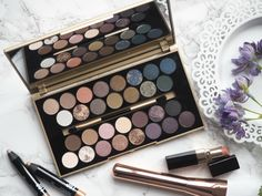 London Beauty Queen: British Beauty Blogger & Makeup Revolution Team Up: 'Fortune Favours The Brave' Palette