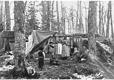 algonquians indians tribes | Ojibwe Indians in a maple syrup camp