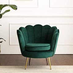 HEPBURN Scalloped Velvet Armchair Tub Chair Green – DaAl's Gold Rooms, Gold Bedroom, Bedroom Green, Living Room Green, Green Rooms, Living Room Chairs, Dining Room, Emerald Green Sofa, Green Accent Chair