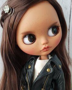 Cartoon Girl Images, Girl Cartoon, Cute Baby Dolls, Cute Babies, Pretty Dolls, Beautiful Dolls, Button Art, Custom Dolls, Big Eyes