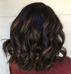 60 Hairstyles Featuring Dark Brown Hair with Highlights Black Hair With Brown And Blonde Balayage Brunette With Blonde Highlights, Black Hair With Highlights, Blonde Balayage, Hair Highlights, Bright Highlights, Partial Highlights, Brown Balayage, Chestnut Highlights, Blonde Hair