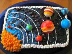 Solar System Cake (c) by thecakecow