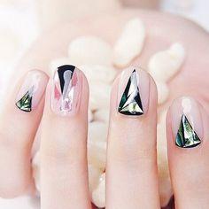 "1,132 Likes, 4 Comments - A'GACI (@agaci_store) on Instagram: ""Festival nails READYYYY #agacigirl #nails #inspo"""
