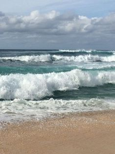 58 Ideas Nature Photography Ocean Hawaii North Shore For 2019 No Wave, Hawaii Pictures, Beach Pictures, Sea And Ocean, Ocean Beach, Beautiful Ocean, Beautiful Beaches, Sea Waves, Seascape Paintings