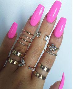 IG: @victoriaoliviaxo ---------------------------------------------------------- #nails #nail #fashion #style #hudabeauty #cute #beauty #beautiful #instagood #pretty #girl #girls #stylish #sparkles #styles #gliter #nailart #opi #essie #unhas #preto #branco #rosa #love #shiny #polish #nailpolish #nailswag #anastasiabeverlyhills #vegas_nay #shareig
