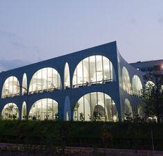 たまびの図書館いつかいきたい。多摩美術大学|八王子キャンパス - 施設紹介