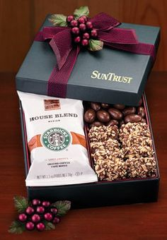Maple Ridge Farms: Gift Box with Starbucks Coffee, Chocolate Almonds