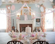 I want to do this party!  How cute for a 4 year old's princess party (via Amber Beckham Photography)