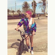"""31 mil Me gusta, 526 comentarios - Alba Reig (@albasweetc) en Instagram: """"Seguimos rodando #Hum #Videoclip"""""""