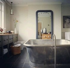Home interior home design interior design Bathroom Design Inspiration, Bad Inspiration, Design Ideas, Design Concepts, Dream Bathrooms, Beautiful Bathrooms, Small Bathrooms, White Bathrooms, Luxury Bathrooms