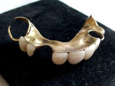 Sale of Winston Churchill's dentures leaves auction-goers chattering