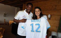 bartoli e Mandanda Olympique de Marseille tênis futebol (Foto: Divulgação/Site Oficial Olympique de Marseille)