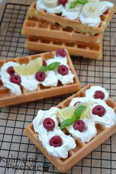 Przepis na gofry chrupiące Minecraft Food, Waffles, Pancakes, Polish Recipes, Fodmap, Crepes, Cake Cookies, Bakery, Recipies