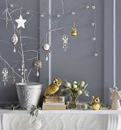 Image result for christmas styling All Things Christmas, White Christmas, Christmas Holidays, Xmas, Christmas Ideas, Christmas Branches, Christmas Tree Decorations, Owl Decorations, Metal Planters