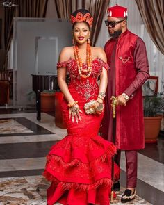 🙌🏾 Igbo couple in their traditional wedding outfit. _ Disclaimer ❌Pictures Not Ours ❌ Tag us 👉🏼 👈🏼 Nigerian Wedding Dresses Traditional, Traditional Wedding Attire, African Traditional Dresses, Couples African Outfits, Latest African Fashion Dresses, African Dresses For Women, African Men, African Wedding Attire, African Attire