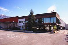 La I.D.A.V. SPA con il marchio Ambrosio è presente sul mercato nazionale e sui mercati esteri, con una vasta gamma di prodotti