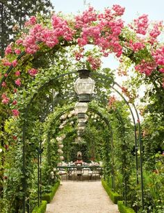ARCH WAYS WITH FLOWERS | Flower archway