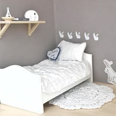 Featuring white swans, elephant and bunny. Peaceful and whimsical feel. Light wood and white colour scheme. Modern Dollhouse Furniture, Barbie Furniture, Bed Furniture, Muñeca Diy, Modern Wall Decor, Diy Dollhouse, Toddler Bed, Interior, Bedroom Modern
