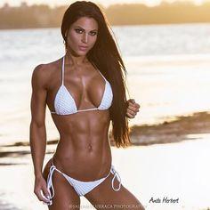 Fitness, Military, Babes and Other Cool Stuff — Anita Herbert Brasilianischer Bikini, Sexy Bikini, Daily Bikini, Hot Girls, Girls Fit, Fitness Models, Female Fitness, Fit Women, Sexy Women