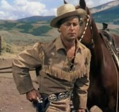 Shane starring Alan Ladd, and Jean Arthur - released by Paramount Studios and directed by George Stevens. Shane is on of afi 100 years 100 movies. Westerns, Old Movies, Great Movies, Classic Hollywood, Old Hollywood, I Movie, Movie Stars, Arkansas, Captain Jack Sparrow
