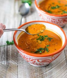 Tomatoes Red Lentils Coconut Soup: Put a sweet spin on a classic favorite soup by adding coconut milk. Coconut Lentil Soup, Red Split Lentils, Vegan Recipes, Cooking Recipes, Vegan Meals, Yummy Recipes, Free Recipes, Banane Plantain, Tomato Soup Recipes