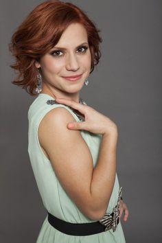 Csobot Adél énekesnő