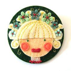 ✄ A Fondness for Felt ✄  DIY craft inspiration:  felt girl