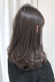 51 Stunning Medium Layered Haircuts (Updated for - Style My Hairs Medium Hair Cuts, Medium Hair Styles, Curly Hair Styles, Long Brunette Hair, Haircuts Straight Hair, Ulzzang Hair, Hair Arrange, Hair Color Highlights, Brown Hair Colors