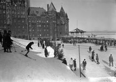 Plaisirs d'hiver d'antan sur la Terrasse Dufferin // Vintage Winter Fun on Dufferin Terrace #throwbackthursday