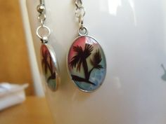 summer vacation palm tree dangle earrings