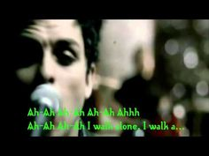 ▶ Green day I Walk alone - YouTube