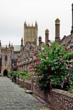 Wells, Somerset, England - the cathedral and medieval Vicars Close.Smallest city in England. Places Around The World, Oh The Places You'll Go, Places To Travel, Places To Visit, Around The Worlds, Somerset England, England And Scotland, England Uk, English Countryside