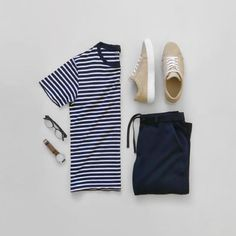 The latest men's fashion including the best basics, classics, stylish eveningwear and casual street style looks. Stylish Mens Outfits, Casual Outfits, Men Casual, Fashion Outfits, Classic Outfits, Short Outfits, Fashion Dictionary, Outfit Grid, Summer Lookbook